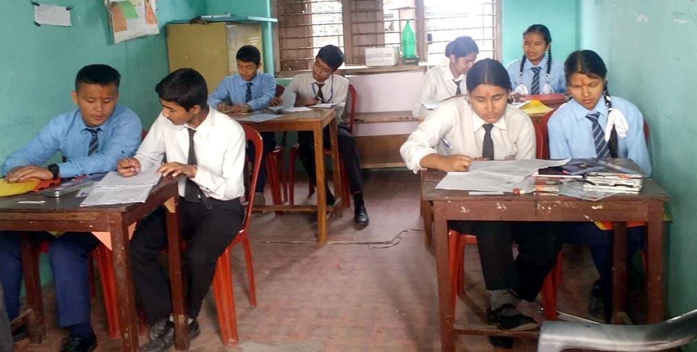 कक्षा ११ को परीक्षा तत्काल नलिनु: बोर्ड