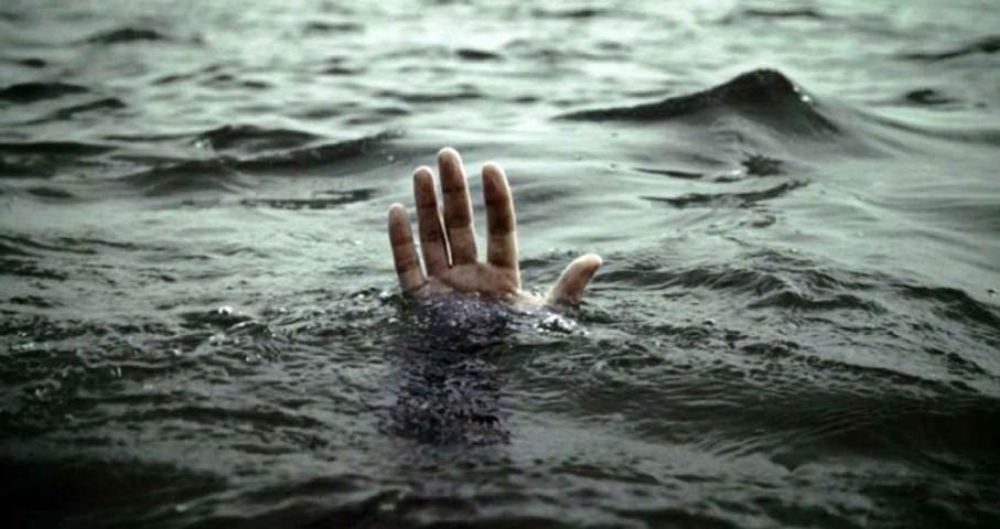 नदीमा डुबेर किशोरको मृत्यु