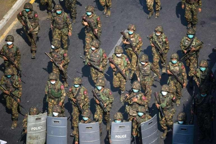 बर्मेली सेनाका क्याप्टेनका सहयोगीकाे हत्या, १९ जनालाई मृत्युदण्ड
